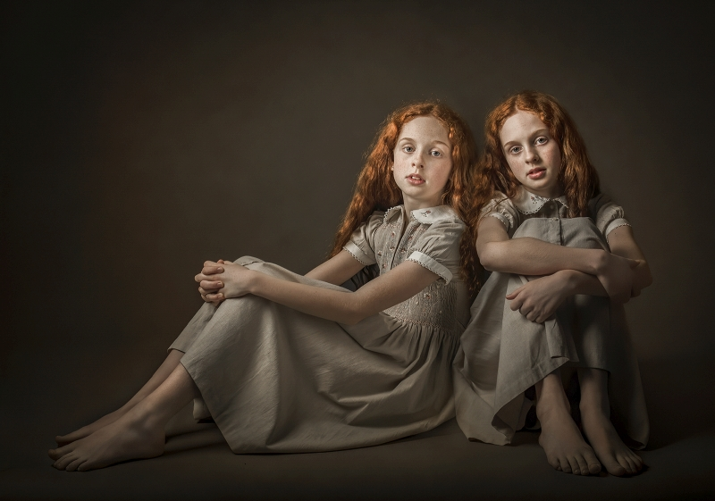 claire Norman twins