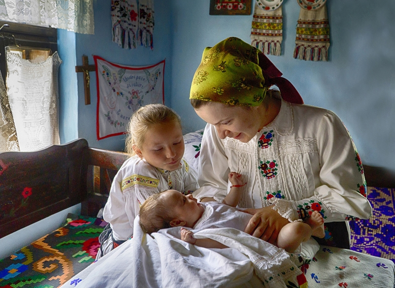 Pavlina Avgoustinaki a family