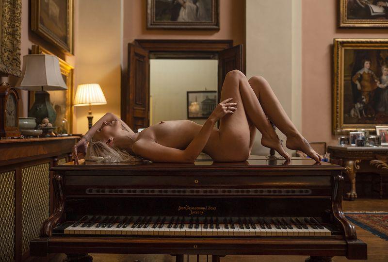 Piano Soloist, Smalley  Karen , England