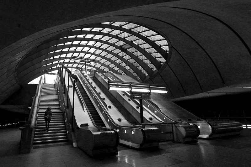 Canary Wharf Escalators, Catania  Gottfried , Malta