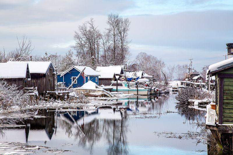VILLAGE ON THE WATER, Siu  Miranda , Canada