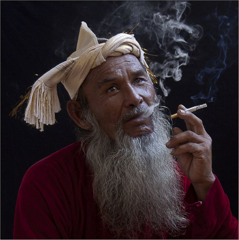 Smoker, Tran  Michael , Usa