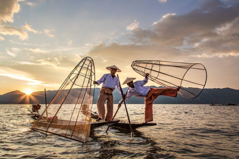Starting A Fishing Day, Tran  Chinh , Usa
