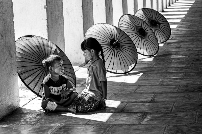Sister And Young Brother, Tran  Chinh , Usa