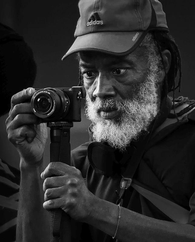 Focusing, Luo  Robin , Canada