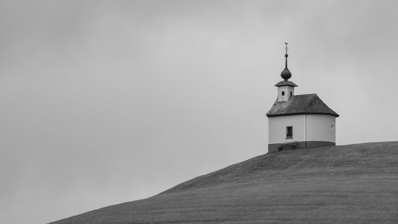Weit Oben, Doblander  Roman , Austria