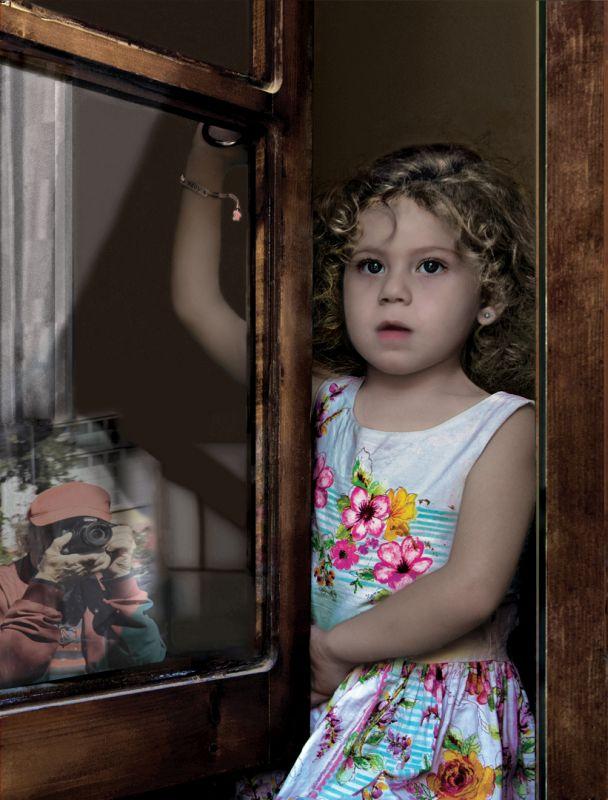 WATCHING THE PHOTOGRAPHERS, Ileri  Tevfik , Cyprus