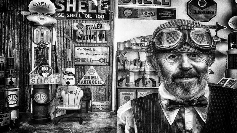 Shell Man, Hodges  Bill , New Zealand