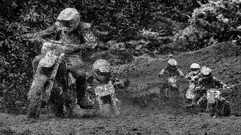 Mud Day Sunday, Hodges  Bill , New Zealand