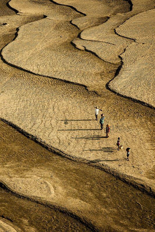 Lines Of River Bank, Lin  Nay , Myanmar