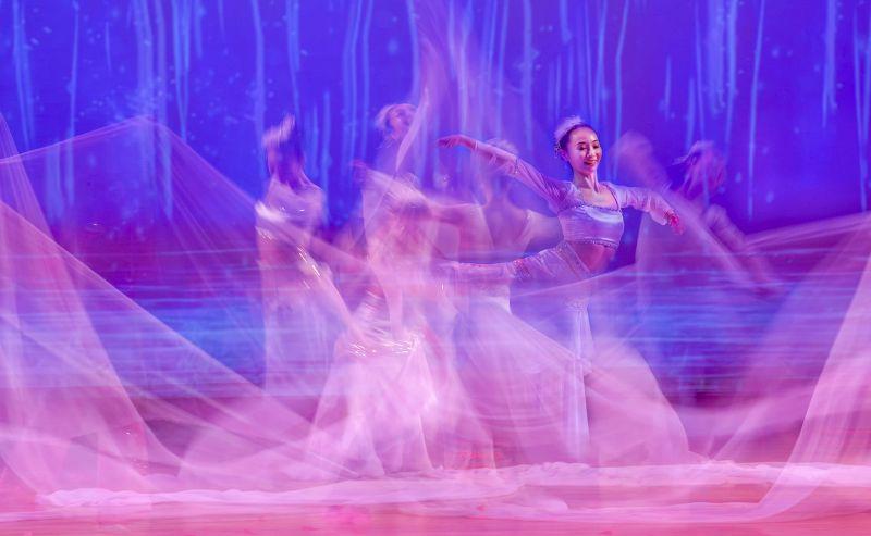 Dancing, Kong  Lai Wah , Usa