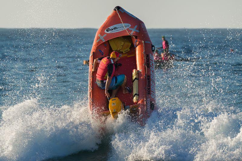 Surf Rescue, Bassett  David , Australia