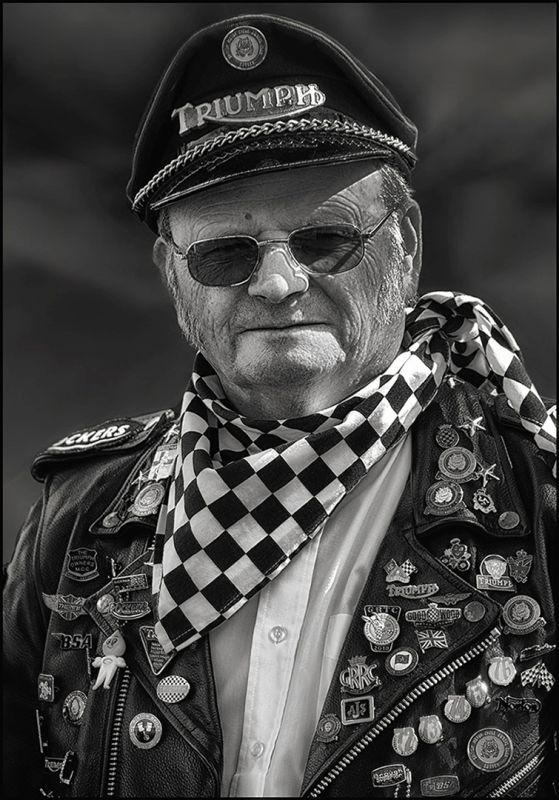 Aging Rocker, Jackson  Paul , England