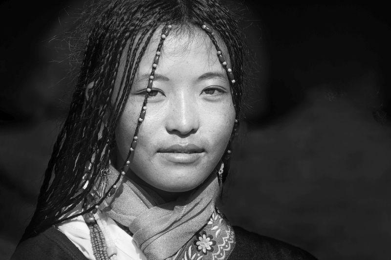 Tibetan Bride, Chakraborty  Anupam , India