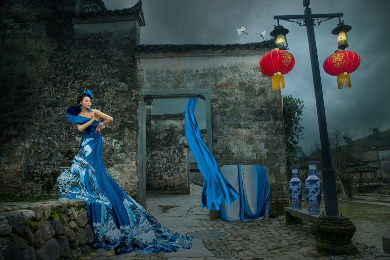 Dream Of Blue-and-white Porcelain 2, Li  Hanxin , China