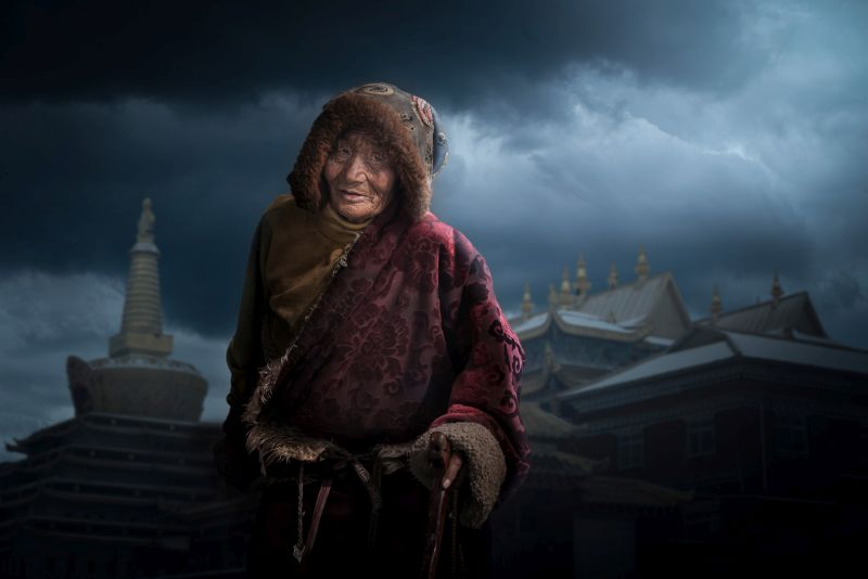 Old Woman, Li  Yuwei , China