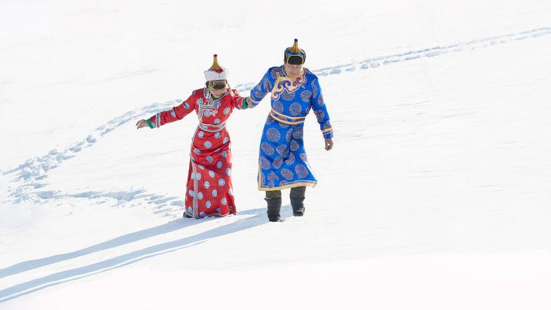 Lovers In The Snow, Cheung  Sinkai , Australia
