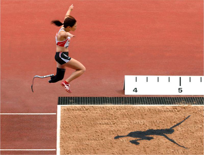 Mami Sato Jumps Into The Lead, Keel  David , England