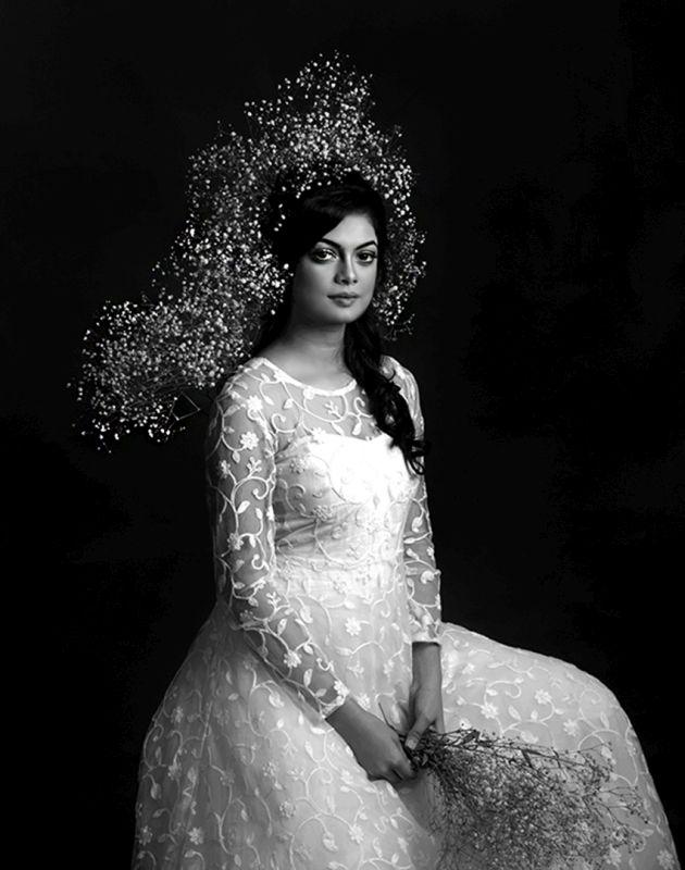 LADY WITH FLOWER VEIL, Das  Tuhin Kanti , India