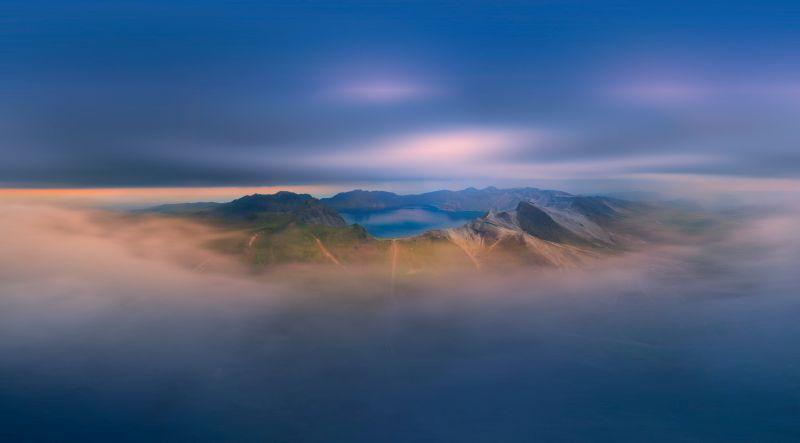Tianchi Surrounded By Clouds, Kuai  Zhengdong , China