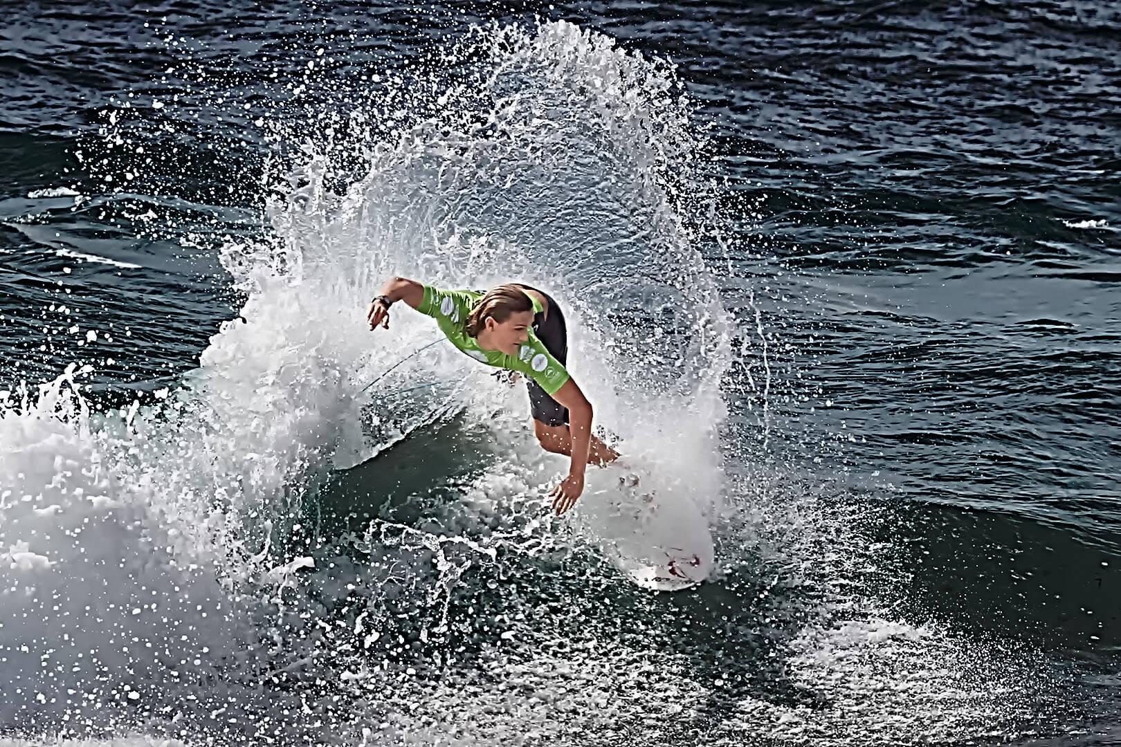 SINKAI CHEUNG Surf 12